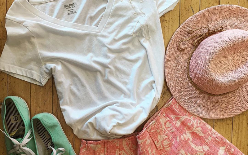 GENIUS WAYS TO MAKE YOUR OLD CLOTHES LOOK NEW