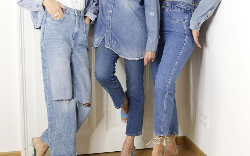 Must-Have Jeans: The Trendy Denim Styles Every Women Should Have In Their Closet