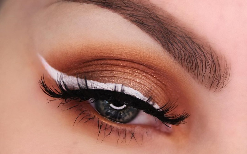 Amazing ways to use white eyeliner