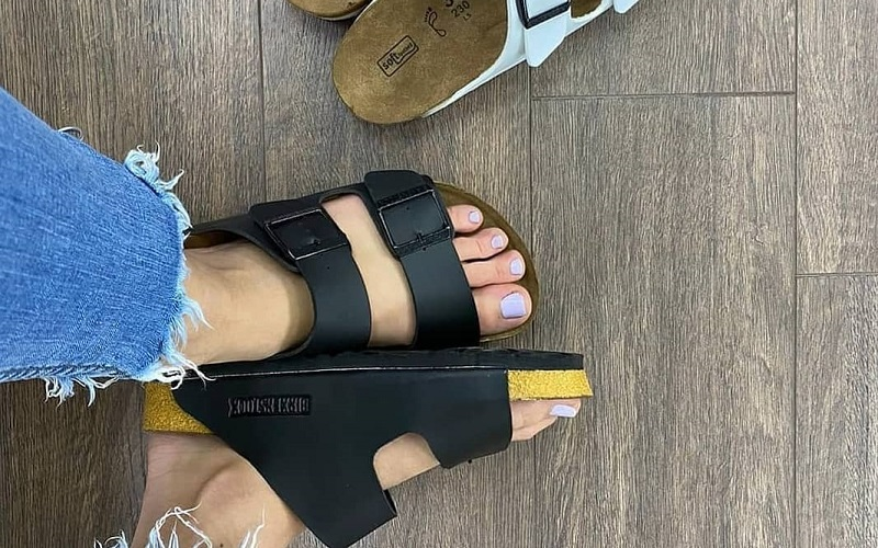 Fashion trends that go well with Birkenstocks